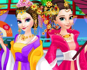 冰雪姐妹的中国服饰